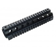 AR15  M16  Mid Length Quad Rail